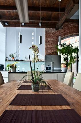 Esstisch in modernen Wohnung
